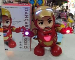 Brinquedo homem de ferro