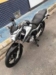 Vendo moto Titan 160 - ano 2019