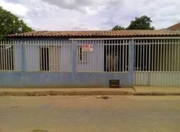Vende-se casa em Bom Jesus-PI