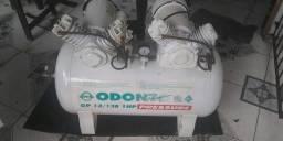 Compressor odontológico 130 litros. Atende até 4 consultórios. 3.500