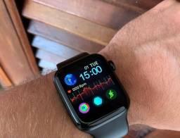 Iwo - similar ao Apple Watch