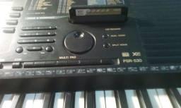 Teclado Yamaha PSR530