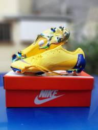 Chuteira Nike Mercurial Vapor