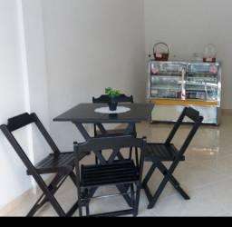 Conjunto de 2 Mesas e  8 Cadeiras