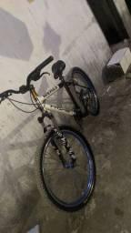 Bike Aro 26, Vendo em 50tinha com torna da minha parte