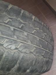 Pneu Bridgestone 265/65R17