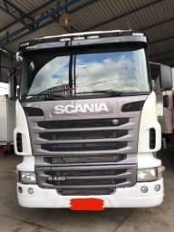Scania R-440 6x2 ano 2013