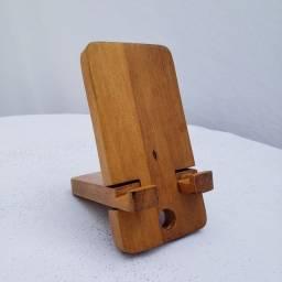 Suporte de celular em madeira