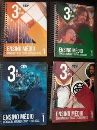 Livros 3 ano / pré vestibular (Sistema CEV)
