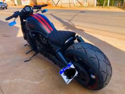 Harley davidson night rod customizada