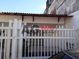 Casa de condomínio para alugar com 2 dormitórios cod:FRCN20022