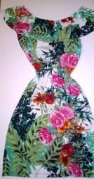 Vestido justo com estampa floral