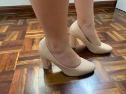 Sapato Constance bege