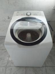 Máquina de Lavar Brastemp 11,5kg Semi Nova.