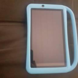 Vende-se tablet DL 3724 pouco usado