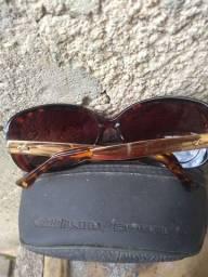 Vendo um lindo óculos original da marca chillibens com a capa 30 reais