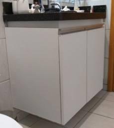 armários para banheiro mdf branco c/puxadores de alumínio