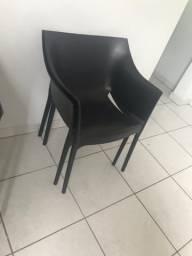 Vendo jogo de 4 cadeiras