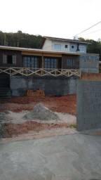 Alugo casa em São José. Bairro Terra firme