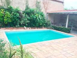 Casa Oportunidade em Santa Tereza - Ampla, piscina, ponto bom e para vender rápido