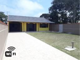 Casa em Guaratuba com Wi-Fi a 100m da Praia !