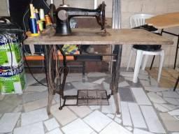 Relíquia Máquina de Costura