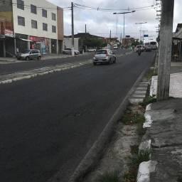 Alugo casa de 3/4 no final da João Durval Carneiro, sentido tomba