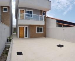Ótima casa com 5 quartos e rua pavimentada no Jardim Atlântico!