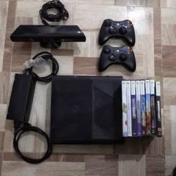 Xbox 360 + Kinect+ 2 controles sem fio+ jogos originais