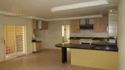 Casa de 3 quartos para locação, 484m2