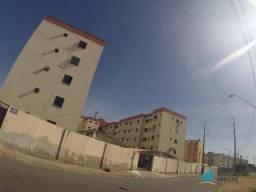 Apartamento com 3 dormitórios para alugar, 72 m² por R$ 919,00/mês - São Gerardo - Fortale