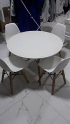 Conjunto mesa infantil 4 cadeiras