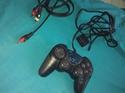 Vendo controle de pley 2... esse cabo de conectar em telefone ou som
