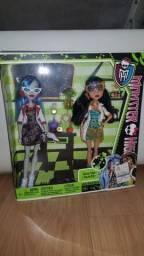 Bonecas Monster High originais Mattel - colegas monstros Ghoulia Yelps e Cleo de Nile