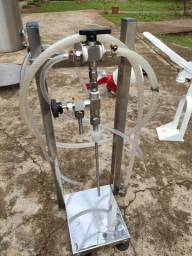 Engarrafador / Enchedor Contra Pressão com suporte inox completo com mangueiras