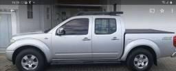 Nissan frontier LE 4x4 automática 2012