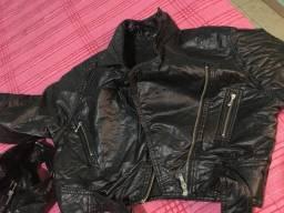 Vendo duas jaquetas de couro por 35$