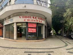 Loja alugar Tijuca excelente local,de esquina e frente de rua,110m+15m mezanino,banheiro