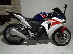 Honda CBR 250cc impecável !