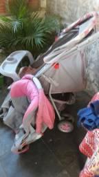 Carinho bebê e bebê conforto