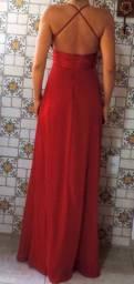 Vestido vermelho simples e elegante