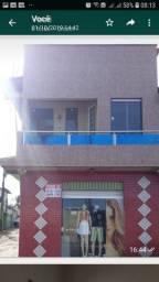 Vende-se casa 3 quartos, um ponto comercial, cozinha e banheiro,uma kitinete e garagem