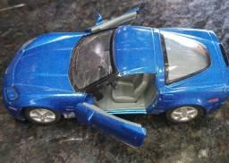 Carrinho de Metal de um Corvette Z06