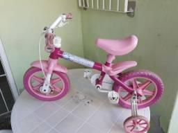 Bicicleta infantil até 4 anos
