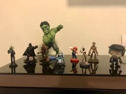 Bonecos em Miniatura Colecionáveis