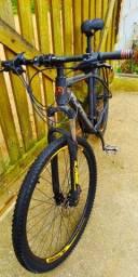 Mountain bike Alfameq aro 29 freio hidráulico e câmbio 27v