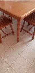 Jogo de sala de jantar com 8 cadeiras