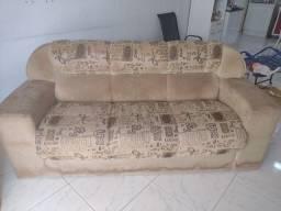 Vendo esse sofá de 3 lugares
