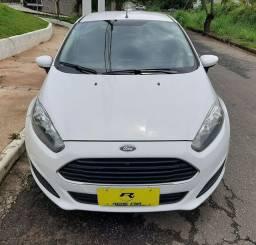 New Fiesta  SE 1.5 Completo! Com Som Bluetooth e Direção elétrica,excelente!
