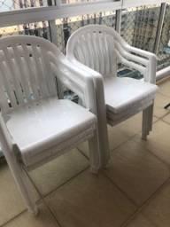 6 Cadeiras Grosfillex plástico branca em ótimo estafo